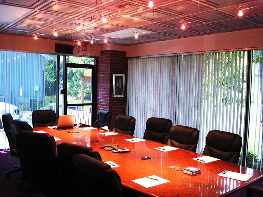 Executive Meeting Room - Ceilume