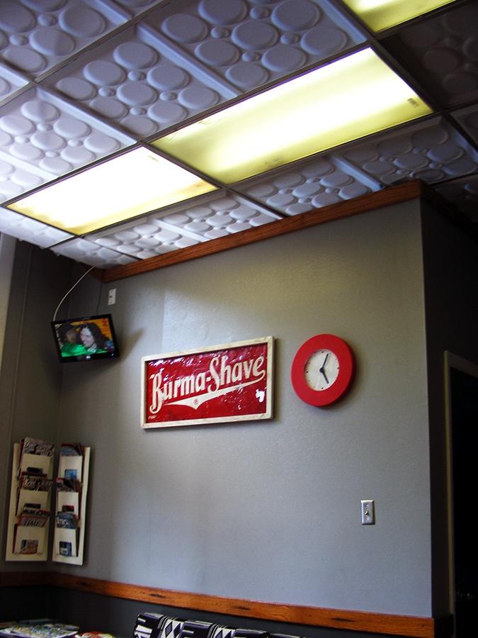 Classic Barbershop Ceilume
